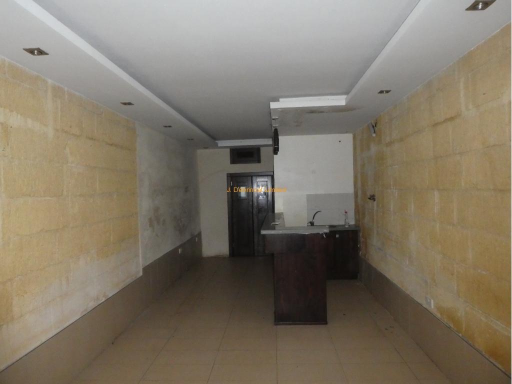 Restaurant-826-01